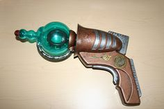 Steampunk Reconned Ray gun - OCCASIONS AND HOLIDAYS