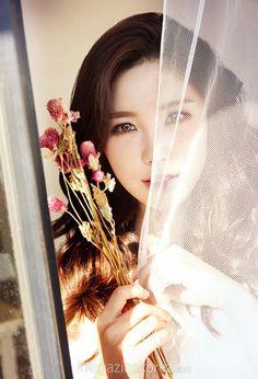 "SECRET's Hyosung Talk Her Need to Please Fans in ""Imagazine Korea"" Photoshoot | Koogle TV"