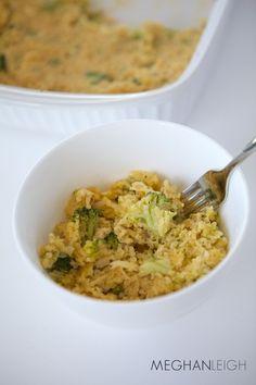 Cheesy Broccoli Quinoa Casserole with Chicken - www.meghan-leigh.com/blog
