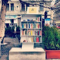 Leggere, leggere, leggere ovunque!