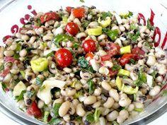 ΜΑΓΕΙΡΙΚΗ ΚΑΙ ΣΥΝΤΑΓΕΣ 2: Μαυρομάτικα σαλάτα !!! Pasta Salad, Cobb Salad, Black Eyed Peas, Cooking, Ethnic Recipes, Food, Crab Pasta Salad, Kitchen, Essen