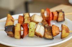 שיפודי ירקות בתנור - אתר hfood אוכל בריא מציע לגולשים מתכונים בריאים וטעימים וטיפים בנושאי תזונה נכונה וגם שיפודי ירקות בתנור. לחצו לצפיה במתכון בריא