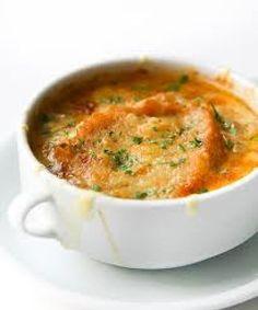 Sopa de cebolla a la francesa | Cocinar en casa es facilisimo.com