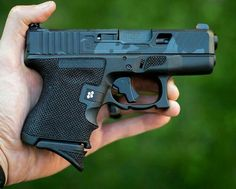 No Bullshit, Just Guns. Rifles, Custom Glock, Custom Guns, Custom Trucks, Weapons Guns, Guns And Ammo, Ninja Weapons, Protection Rapprochée, Shooting Guns