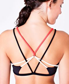 Keepin' it strappy and fun with this sports bra deisgned with maximum room for airflow. | Own The Move Sports Bra