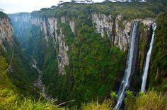 Com visual paradisíaco, Cânion de Itaimbezinho fica na divisa entre o Rio Grande do Sul e Santa Catarina