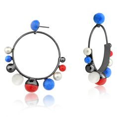 DOT COLLECTION ! #earring #gold #polkadot #dot #spot #jewelry #accessories #navy #style www.designmariadolores.com.br