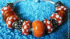 Оранжевое кружево Браслет Пандора 5. Оранжевое кружево-завораживает взгляд!  Браслет в стиле Пандора. Бусины Лэмпворк High quality (высокого качества) . Металлические бусины цинковый сплав не содержит свинца, кадмия, никеля- не нанесёт вреда здоровью!
