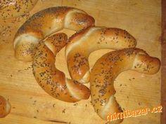 ROHLÍKY A HOUSTIČKY - naše nejoblíbenější :-), dobré i druhý den Czech Republic, Bagel, Bread, Baking, Food, Brot, Bakken, Essen, Meals
