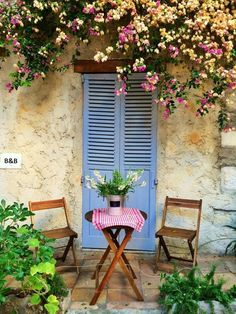 Antibes, Provence, Cote d'azur, France. The perfect place for a romantice sit down. Porches, Provence Style, Provence France, Antibes France, Outdoor Spaces, Outdoor Living, Outdoor Decor, Outdoor Seating, French Countryside
