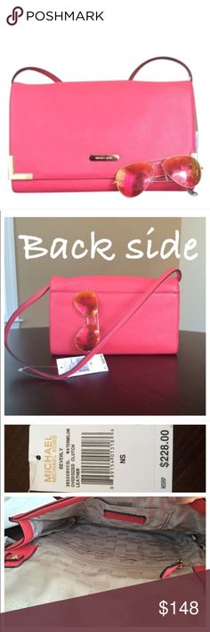 """✨NWT✨ Michael Kors Shoulder Bag Clutch Watermelon NWT! Authentic Michael Kors shoulder bag in Watermelon(it's a coral color) leather. The strap is removable, so this can be worn as a clutch as well. Gold hardware. Exterior flat back pocket. Interior has 1 flat pocket, 1 zip pocket and 6 credit card slots. 11""""Lx7""""H. ***No Trades*** MICHAEL Michael Kors Bags Shoulder Bags"""