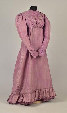 LOT 131 2-PIECE SILK TAFFETA DRESS, c. 1823 - whitakerauction