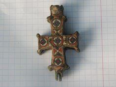 Cross-encolpion with enamel, 12th century.