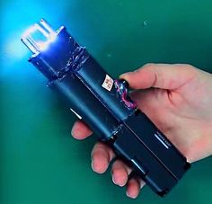 HOW TO MAKE a EXTREMELY POWERFUL TASER (Stun Gun) 800.000V   Tutorial
