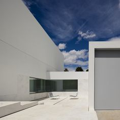 Gallery of La Pinada House / Fran Silvestre Arquitectos - 26