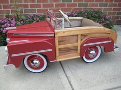 1949 Mercury Pedal Car Hot Rod Stroller Fiberglass Go Kart Body Rat Pedal Tractor, Pedal Cars, Antique Toys, Vintage Toys, Retro Toys, Vintage Girls, Toy Wagon, Car Jokes, Kids Ride On