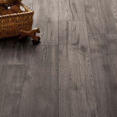 Schreiber Dove Grey Oak Laminate Flooring - 1.76 sq m per pack Grey Oak, Dove Grey, Dark Grey Carpet, Oak Laminate Flooring, Parquet Flooring, Faux Fur Area Rug, Best Carpet, Woodland Nursery Decor, Baby Deer