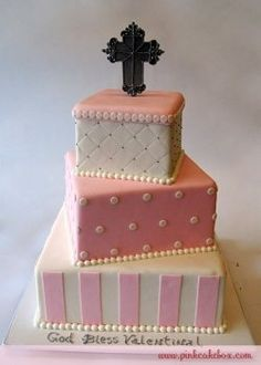 On this page you will find a great selection of baptism cakes. Throw the best party for your childs christening and make your event unforgetable...