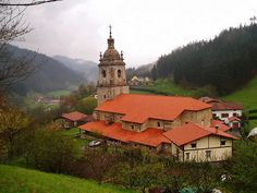 Zeanuri ,iglesia Andra Mari de mediados del siglo XVIII, by eitbcom, via Flickr