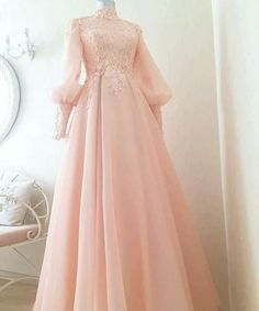 53 super ideas for dress prom hijab wedding gowns Tesettür Ayakkabı Modelleri 2020 Muslimah Wedding Dress, Muslim Wedding Dresses, Muslim Dress, Dress Wedding, Wedding Hijab, Muslim Fashion, Hijab Fashion, Fashion Dresses, Evening Dresses