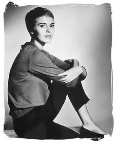 Jean Seberg, simple outfit