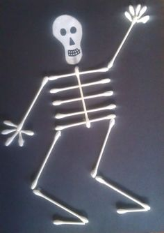 Kids of all ages can have fun with just a few supplies to make this awesome Halloween skeleton craft.