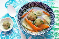 Ein Plädoyer für spießige Paarrituale und mein erster Ausflug in die jüdische Küche: Matzo Ball Soup aka Mazze-Knödelsuppe