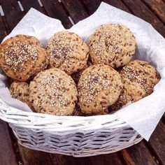 Dette er uden tvivl, de BEDSTE glutenfri boller, jeg nogensinde har lavet eller…