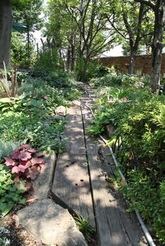 枕木アプローチ / ナチュラルガーデン / ガーデンデザイン / 外構 Garden Design / Wooden Approach