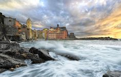 Vernazza, Italy   Discovered from Dream Afar New Tab