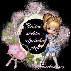 Cinderella, Christmas Ornaments, Disney Princess, Disney Characters, Holiday Decor, Smoothie, Facebook, Night, Christmas Ornament