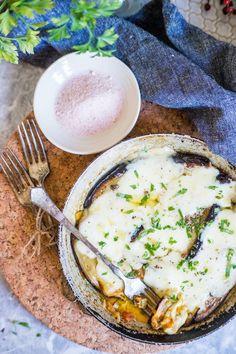 S vášní pro jídlo: Lilek zapečený s mozzarellou Mozzarella, Camembert Cheese, Food, Essen, Meals, Yemek, Eten