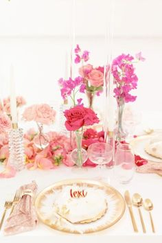 Feast your eyes on this amazing ombré floral Galentine's Day party! The floral decorations will blow you away! See more party ideas and share yours at CatchMyParty.com #catchmyparty #partyideas #galentintesday #galentinesdayparty #Bridesmaids Heart Cakes, Floral Decorations, Heart Party, Chocolate Hearts, Rustic Cake, Valentines Day Party, For Your Party, Bridesmaids, Favors
