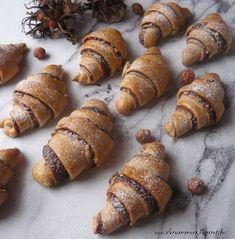 Az áfonya mámora: Villámgyors mogyorós kifli Nutella, Muffin, Lime, Breakfast, Nap, Food, Morning Coffee, Limes, Essen