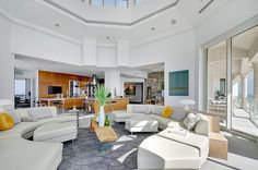 Staggering Florida Penthouse With Complex Design Features