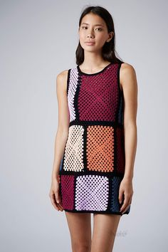 Outstanding Crochet: Granny squares from Topshop. http://outstandingcrochet.blogspot.be/2014/08/granny-squares-from-topshop.html?utm_source=feedburner&utm_medium=email&utm_campaign=Feed:+Outstandingcrochet+%28OutstandingCrochet%29