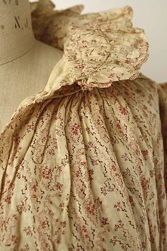 Dressing gown ca. 1819, American, cotton. Date: ca.  The Metropolitan Museum of Art. Accession Number: 1979.346.243.