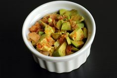 Guaca-Chi (Guacamole with Kimchi)- whaaa? Is that legal? Potluck Recipes, Raw Food Recipes, Asian Recipes, Appetizer Recipes, Potluck Meals, Appetizers, Savory Snacks, Healthy Snacks, Fermented Foods
