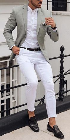 White shirt and white pants with a colored sport coat blazer is always a daytime. - White shirt and white pants with a colored sport coat blazer is always a daytime or late night go t - Blazer Outfits Men, Mens Fashion Blazer, Mens Fashion Wear, Suit Fashion, Mens Blazer Styles, Classy Fashion, Fashion Tips, Mens Casual Suits, Stylish Mens Outfits