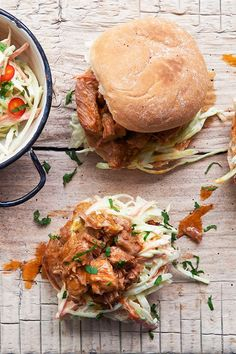 These pulled pork burgers will go down a treat at dinnertime or a barbecue. Pulled Pork Burger, Bbq Pulled Pork Recipe, Salmon Burgers, Pork Burgers, Delicious Dinner Recipes, Smoked Paprika, Coleslaw, Barbecue, Ethnic Recipes