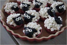 muffin får med skumfiduser Kids Meals, Muffins, Recipies, Deserts, Cupcakes, Homemade, Cookies, Cake Ideas, Recipes