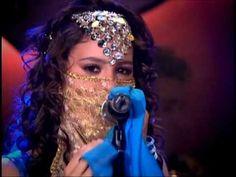 Patito se quita el disfraz de Sherezada y mateo se entera que es ella - YouTube