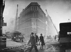 Poster Print-Blitz in London -- St Bride Street, Farringdon Street, poster sized print mm) made in the UK London Bombings, St Brides, The Blitz, Air Raid, London Places, Photographic Prints, Wonderful Images, Historical Photos, Photo Mugs