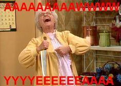 My favorite part of all the Golden Girl moments haha I laugh every time! Rose, Blanche and Dorothy are too scared to sleep because they watched Psycho.. Just when they are ready to try to sleep Sophia comes in with a knife and scares the hell out of them haha 😢😄🔪💗