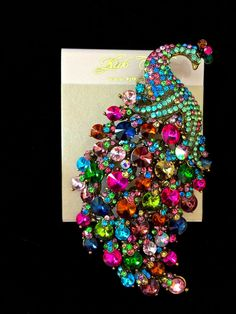 KIRKS FOLLY PEACOCK PARADISE LARGE AUSTRIAN CRYSTAL PIN BROOCH NEW ON CARD! #KirksFolly