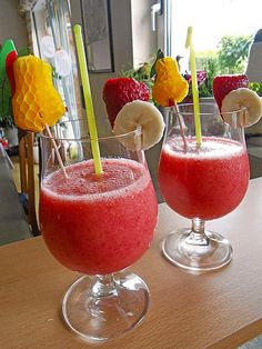 Tips for Delectable Soy Smoothies Healthy Protein, Healthy Smoothies, Smoothie Recipes, Soy Milk Benefits, Raw Almonds, Vitamin E, Watermelon, Blueberry, Brunch