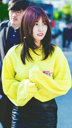 Nayeon, J Pop, South Korean Girls, Korean Girl Groups, The Band, Twice Korean, Gfriend Yuju, Twice Kpop, Hirai Momo