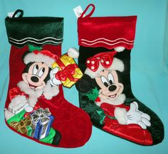 Disney Theme Parks Beautiful Mickey & Minnie Mouse Christmas Holiday Stocking Minnie Mouse Christmas, Mickey Minnie Mouse, Christmas Stockings, Christmas Holidays, Disney Theme, Parks, Holiday Decor, Beautiful, Needlepoint Christmas Stockings