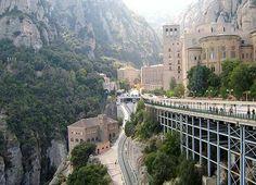 Montserrat and Cava tour | Barcelona Day Tours