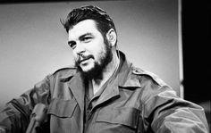 Η επέτειος δολοφονίας του Ερνέστο Τσε Γκεβάρα (9 Οκτωβρίου 1967) έδωσε την αφορμή στα διάφορα απολιθώματα του μαρξιστικού διεθνισμού να χρησιμοποιήσουν το όνομά του.Η αλήθεια